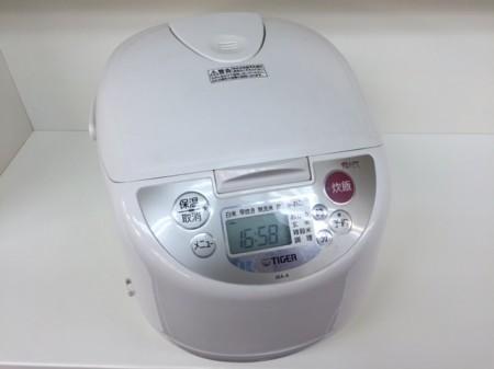 一升炊き炊飯器 タイガー 2011年製 JBA-A180