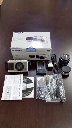 ミラーレス デジタル一眼レフカメラ OLYMPUS PEN E-P1 ダブルズームレンズキット