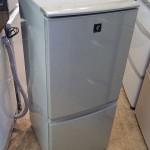 冷蔵庫 137L シャープ SJ-PD14T 2011年製 プラズマクラスター搭載