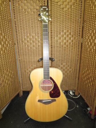 YAMAHA アコースティックギター FS720S