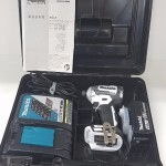 展示品 充電式インパクトドライバ Makita TD170DRGXW