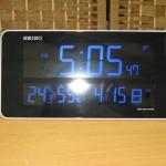 SEIKO 交流式デジタル電波時計 DL208W