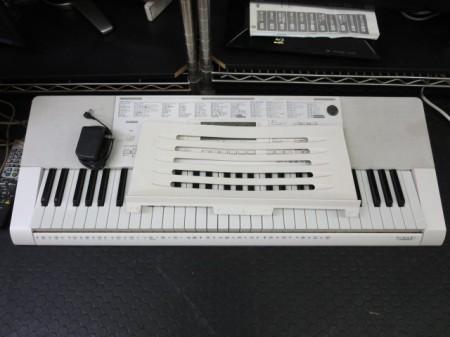キーボード カシオ 光ナビゲーション LK-211