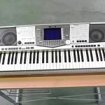 YAMAHA ヤマハ キーボード PSR-2000 割れ有・ケース&譜面台付き・完動品