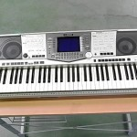 YAMAHA 電子キーボード PSR-2000 ワレ有 譜面台・ソフトケース付