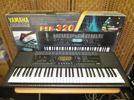 YAMAHA 電子キーボード ポータトーン PSR-320
