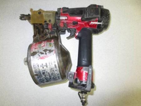 マキタ 65mm高圧エア釘打 AN633H