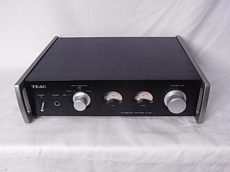 TEAC プリメインアンプ AX-501